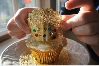 Christ the King cupcakes