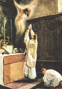 mass-jesus-on-altar