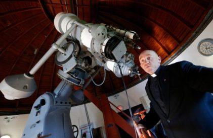 20181004t1020-20972-cns-vatican-letter-observatory-tour_800-690x450